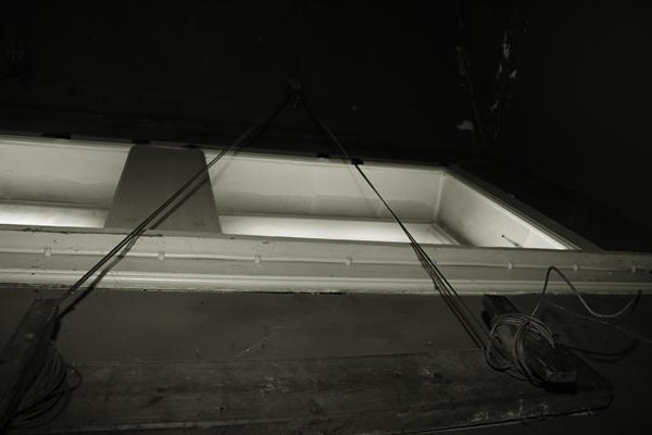 Wiretræk til scenebelysning